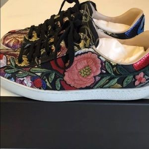 Gucci ace floral black sneakers